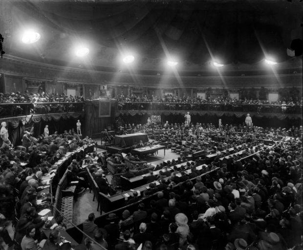 The Dáil Éireann in session in August 1921